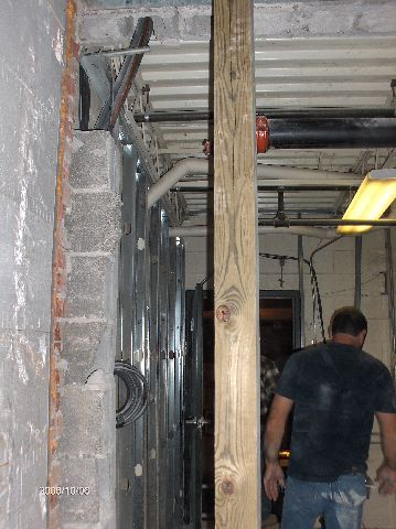 Rosie-O-Gradys_Work-Inside-The-Existing-Building-Without-Shutting-The-Facility-Down-RosO1-101-Picture-3