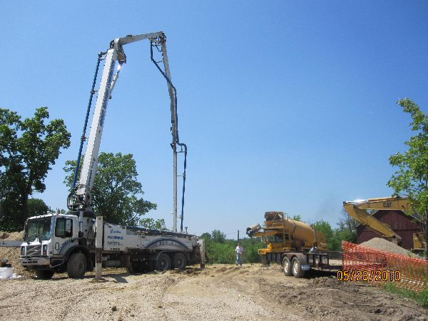 Placing-Concrete-in-ICF-Basement-Walls-Building-in-Ann-Arbor-Michigan-Project-EneE1DomM1-101.html-Picture-2