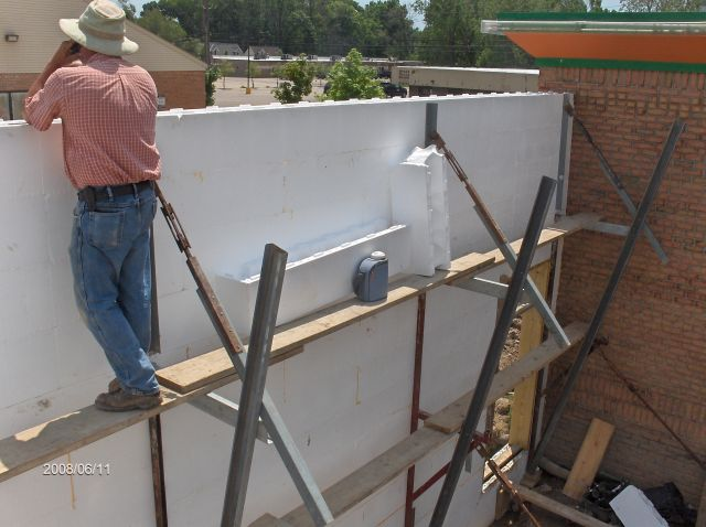 Rosie-O-Gradys_Installing-ICF-Wall-Forms-Above-Window-Sill-Level-Project-RosO1-101-Picture-3