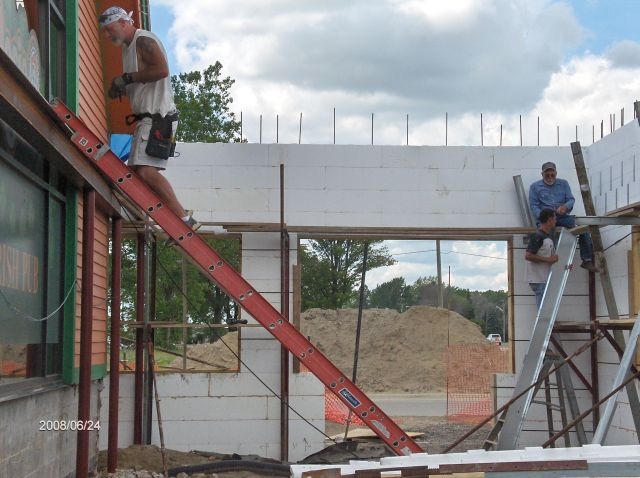 Rosie-O-Gradys_Second-Floor-Joists-Installation-Project-RosO1-101-Picture-5