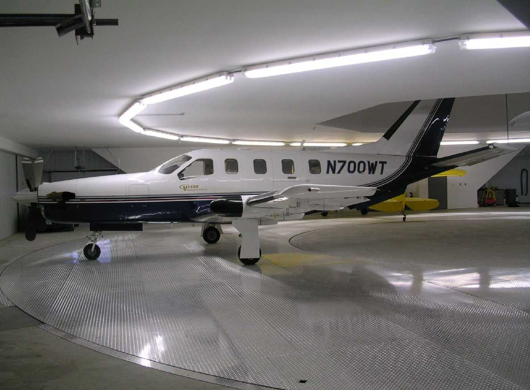 picture of Aircraft-Carousel-Condominium -- Carousel-Condos-03b
