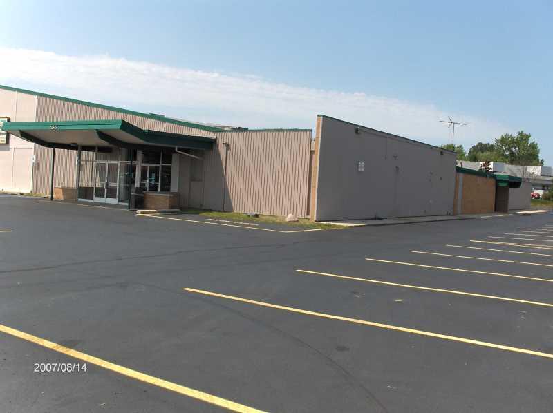 Avon-North-Hill-Lanes-in-Rochester-Hills-Michigan_LCD-Plasma-Screen-Monitor-Addition-Picture-1