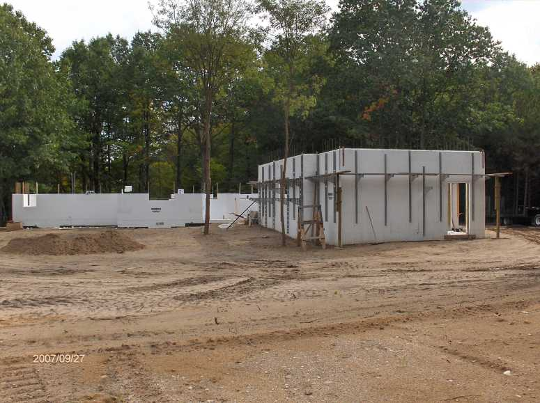 Energy-Efficient-ICF-Walls-For-House-With-Insul-Deck-Floor-Picture-2
