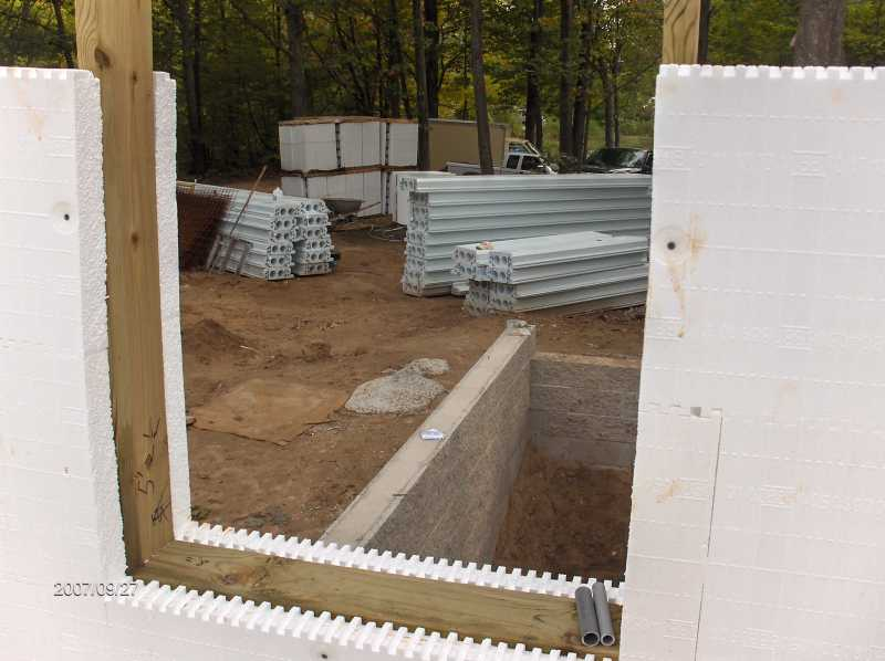 Energy-Efficient-ICF-Walls-For-House-With-Insul-Deck-Floor-Picture-6