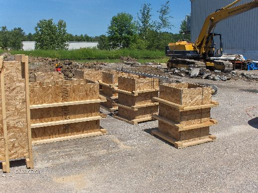 Industrial-Building-Addition_Digging-For-Column-Footings-Project-ColB1-103-Picture-6