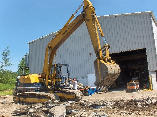 Industrial-Building-Addition_Digging-For-Column-Footings-Project-ColB1-103-Picture-3