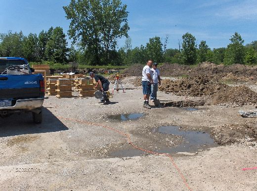 Industrial-Building-Addition_Digging-For-Column-Footings-Project-ColB1-103-Picture-9