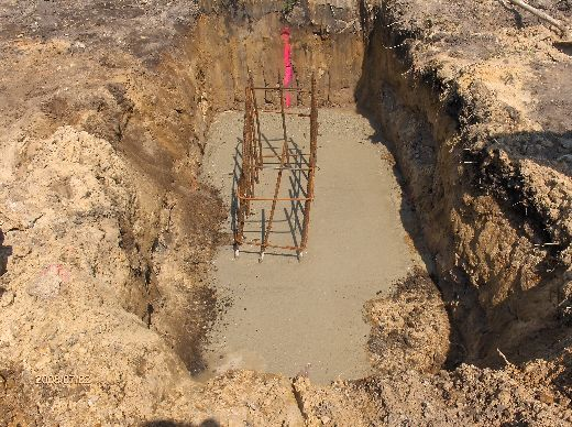 Industrial-Building-Addition_Concrete-Placement-In-Column-Footings-Project-ColB1-103-Picture-9