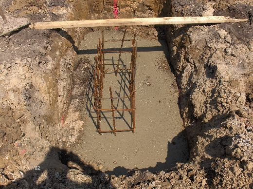 Industrial-Building-Addition_Concrete-Placement-In-Column-Footings-Project-ColB1-103-Picture-10
