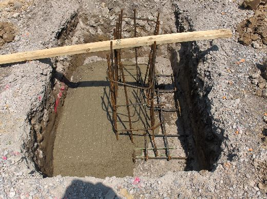 Industrial-Building-Addition_Concrete-Placement-In-Column-Footings-Project-ColB1-103-Picture-13