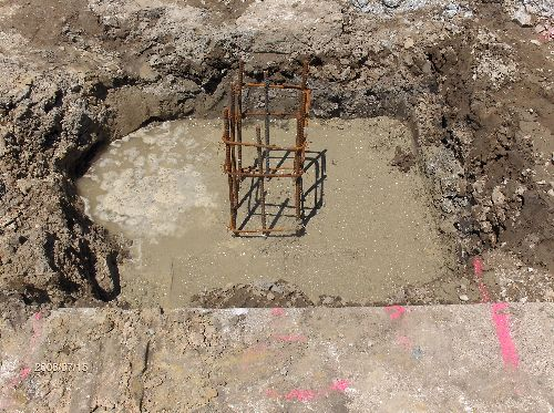 Industrial-Building-Addition_Concrete-Placement-In-Column-Footings-Part2-Project-ColB1-103-Picture-4