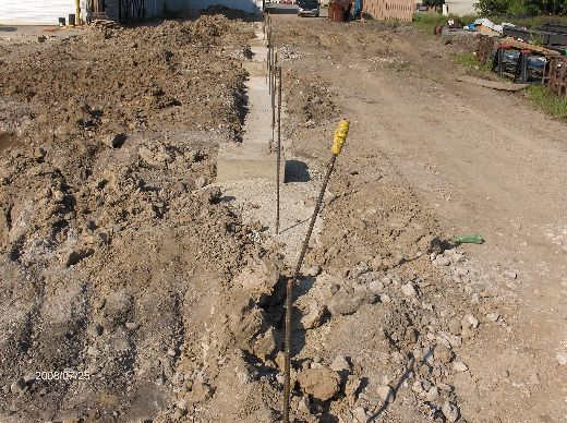 Industrial-Building-Addition_Forming-And-Concreting-Column-Footing-Piers-Part2-Project-ColB1-103-Picture-4