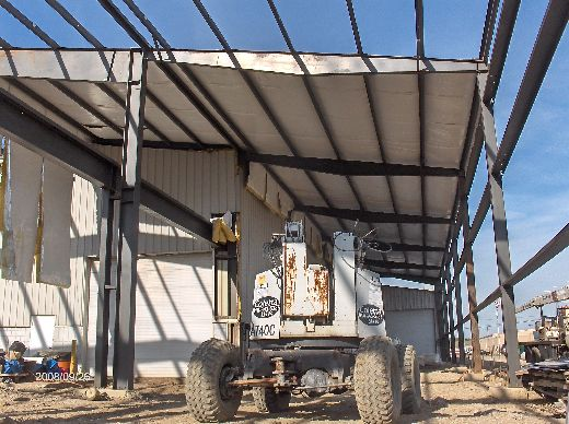 Industrial-Building-Addition_Installation-Of-Roof-Panels-And-Soffit-Insulation-Part3-ColB1-103-Picture-2