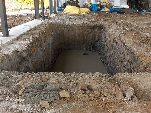 Industrial-Building-Addition-10-Ft-Deep-Pit-In-The-Floor-ColB1-103-Picture-1