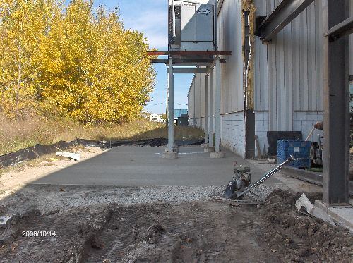 Industrial-Building-Addition_Pouring-Rat-Wall-Along-With-Part-Of-The-Floor-Part2-ColB1-103-Picture-2