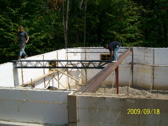 Open-Web-Steel-Joists-First-Floor-New-ICF-House-In-Ann-Arbor-Michigan-EneE1-AttM1-101-Picture-3
