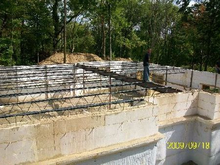 Open-Web-Steel-Joists-First-Floor-New-ICF-House-In-Ann-Arbor-Michigan-EneE1-AttM1-101-Picture