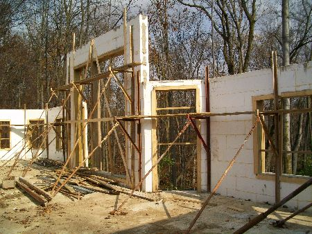 Second-Floor-Walls-New-ICF-House-In-Ann-Arbor-Michigan-EneE1-AttM1-101-Picture-1