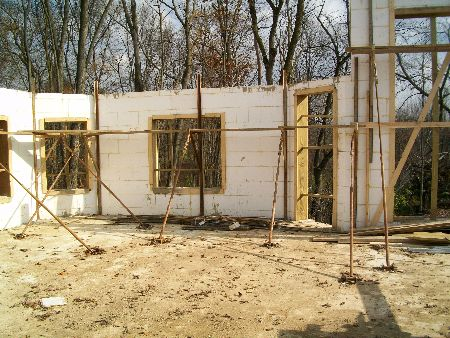 Second-Floor-Walls-New-ICF-House-In-Ann-Arbor-Michigan-EneE1-AttM1-101-Picture-4