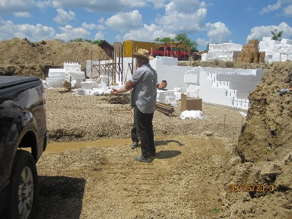 Installing-ICF-Blocks-Basement-Walls-Building-in-Ann-Arbor-Michigan-Project-EneE1DomM1-101.html-Picture-3