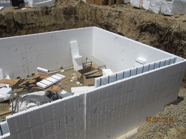 Installing icf blocks basement walls building in ann arbor Insulated block construction