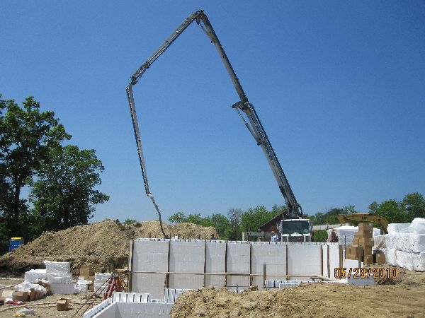 Placing-Concrete-in-ICF-Basement-Walls-Building-in-Ann-Arbor-Michigan-Project-EneE1DomM1-101.html-Picture-3