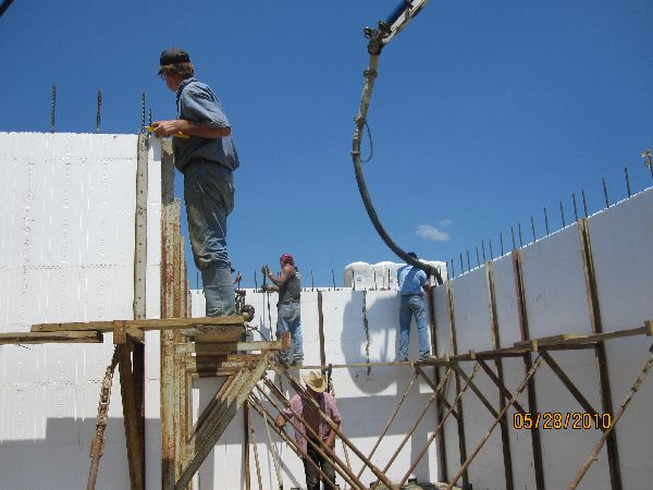 Placing-Concrete-in-ICF-Basement-Walls-Building-in-Ann-Arbor-Michigan-Project-EneE1DomM1-101.html-Picture-6