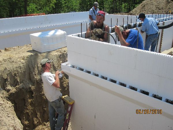 Placing-Concrete-in-ICF-Basement-Walls-Building-in-Ann-Arbor-Michigan-Project-EneE1DomM1-101.html-Picture-7