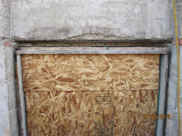 Investigating-Structural-Condition-of-Concretete-Lintel-Street-Front-Building-Part2-FarR1-101.html-Picture-3