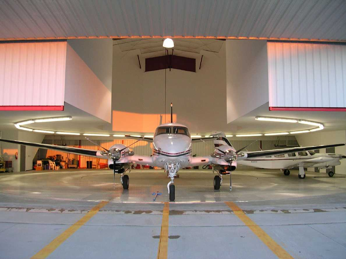 picture of Aircraft-Carousel-Condominium -- Carousel-Condos-02b