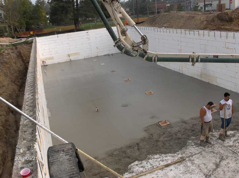 Angelicas-Place-Assisted-Living-in-Romeo-Michigan_Basement-Slab-Concrete-Placement-Picture-3