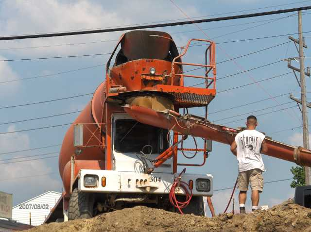 Angelicas-Place-Assisted-Living-in-Romeo-Michigan_Footing-Concrete-Placement-Picture-3