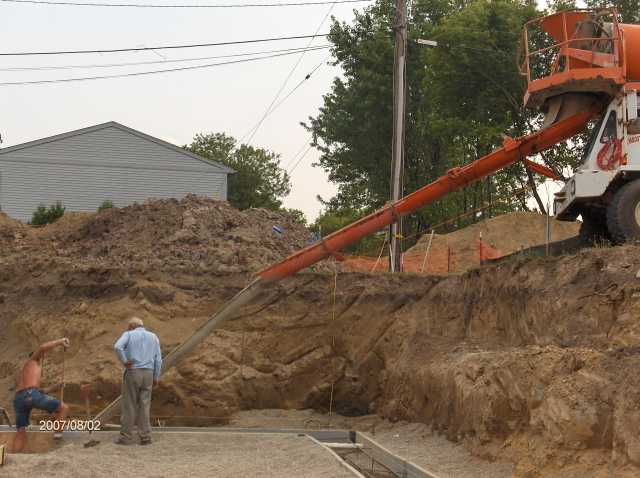 Angelicas-Place-Assisted-Living-in-Romeo-Michigan_Footing-Concrete-Placement-Picture-9