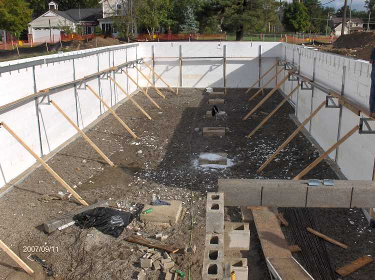 Angelicas-Place-Assisted-Living-in-Romeo-Michigan_Basement-ICF-Walls-Concrete-Placement-Picture-4