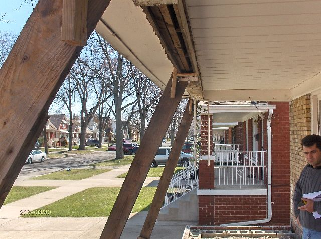 Rehabilitating-A-Foreclosed-House-In-Dearborn-Michigan-Part1-Project-OseH1-104-Picture-1
