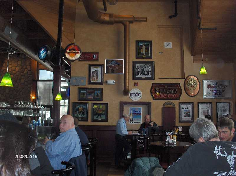 Rosie-O-Gradys-Restaurant-&-Pub-on-23-Mile-Road-in-Chesterfield-Twp-Michigan-Picture-1