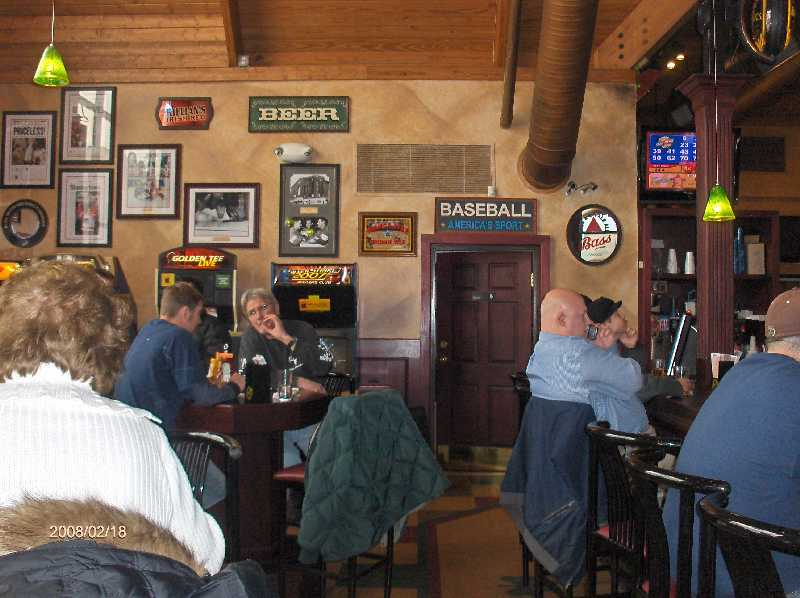 Rosie-O-Gradys-Restaurant-&-Pub-on-23-Mile-Road-in-Chesterfield-Twp-Michigan-Picture-2