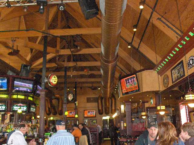Rosie-O-Gradys-Restaurant-&-Pub-on-23-Mile-Road-in-Chesterfield-Twp-Michigan-Picture-4