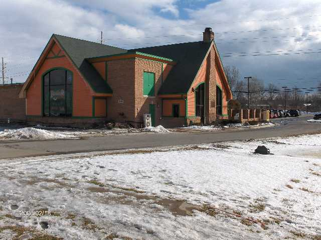 Rosie-O-Gradys-Restaurant-&-Pub-on-23-Mile-Road-in-Chesterfield-Twp-Michigan-Picture-12
