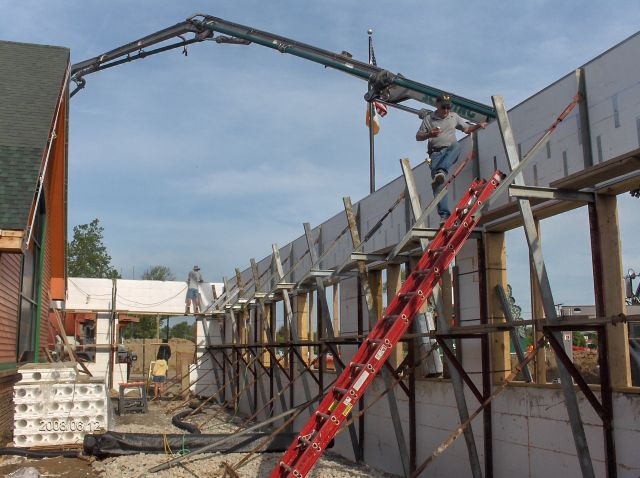 Rosie-O-Gradys_Concrete-Placement-In-Header-Below-Second-Floor-Project-RosO1-101-Picture-9