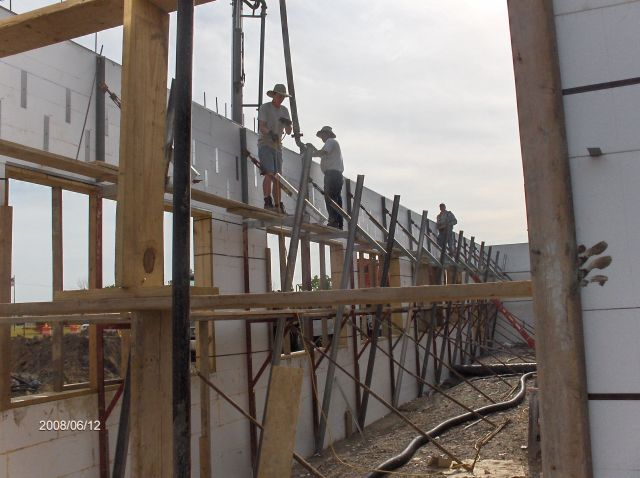 Rosie-O-Gradys_Concrete-Placement-In-Header-Below-Second-Floor-Project-RosO1-101-Picture-13