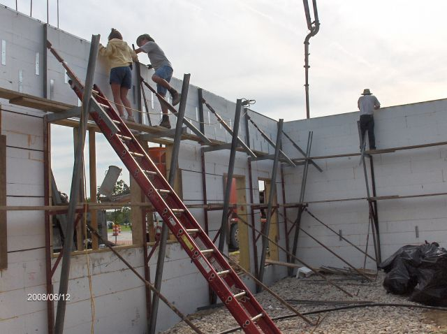 Rosie-O-Gradys_Concrete-Placement-In-Header-Below-Second-Floor-Project-RosO1-101-Picture-15