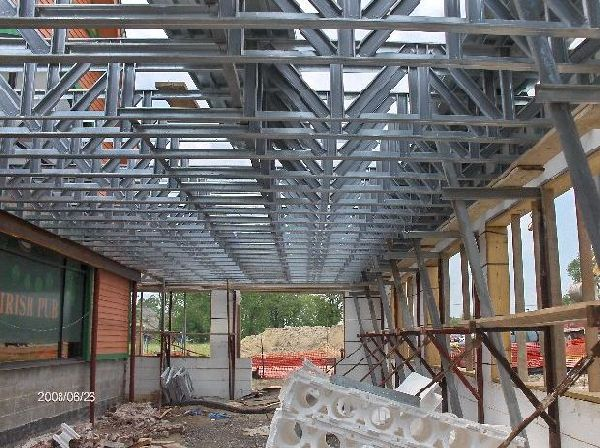 Rosie-O-Gradys_Getting-Ready-To-Install-Second-Floor-Metal-Deck-Project-RosO1-101-Picture-7