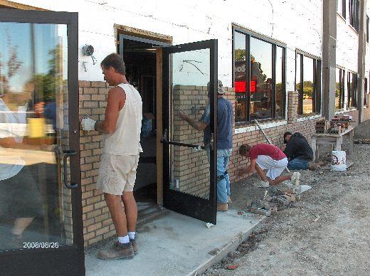 Rosie-O-Gradys_Building-Addition-Face-Brick-Installation-RosO1-101-Picture-1