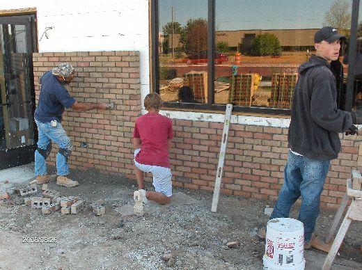 Rosie-O-Gradys_Building-Addition-Face-Brick-Installation-RosO1-101-Picture-2