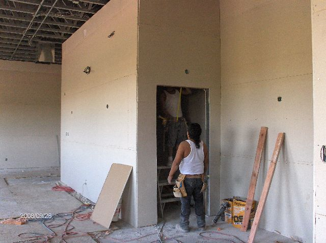 Rosie-O-Gradys_Building-Addition-Drywall-Installation-RosO1-101-Picture-3