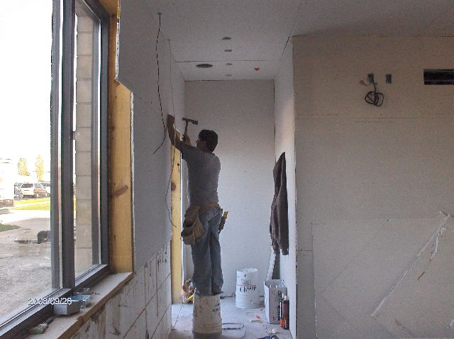 Rosie-O-Gradys_Building-Addition-Drywall-Installation-RosO1-101-Picture-5
