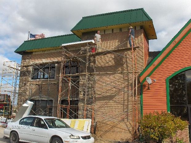 Rosie-O-Gradys_Synthetic-Stucco-Work-On-Exterior-Face-Of-Building-RosO1-101-Picture-4