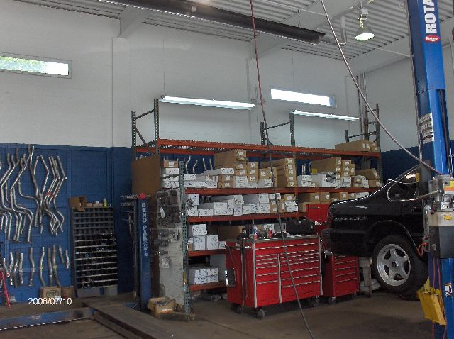 Mezzanine-Floor-Addition-In-Auto-Repair-Shop-Project-SimH1-104-Picture-1