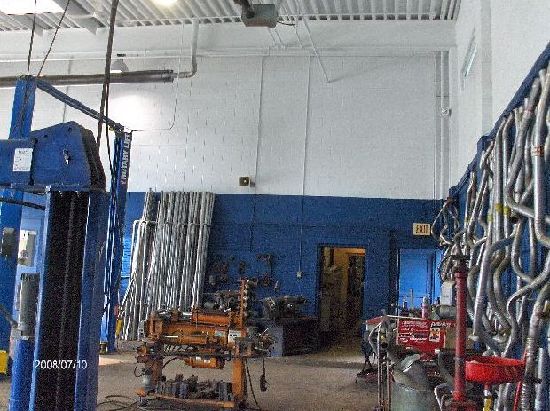 Mezzanine-Floor-Addition-In-Auto-Repair-Shop-Project-SimH1-104-Picture-5
